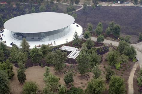 Gallery of Apple's Steve Jobs Theater Set to Take Center